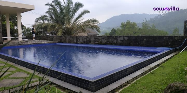 villa alex claket pacet mojokerto dengan kolam renang pribadi