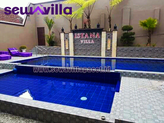 Villa Istana Batu Malang Modern Kolam Renang Pribadi