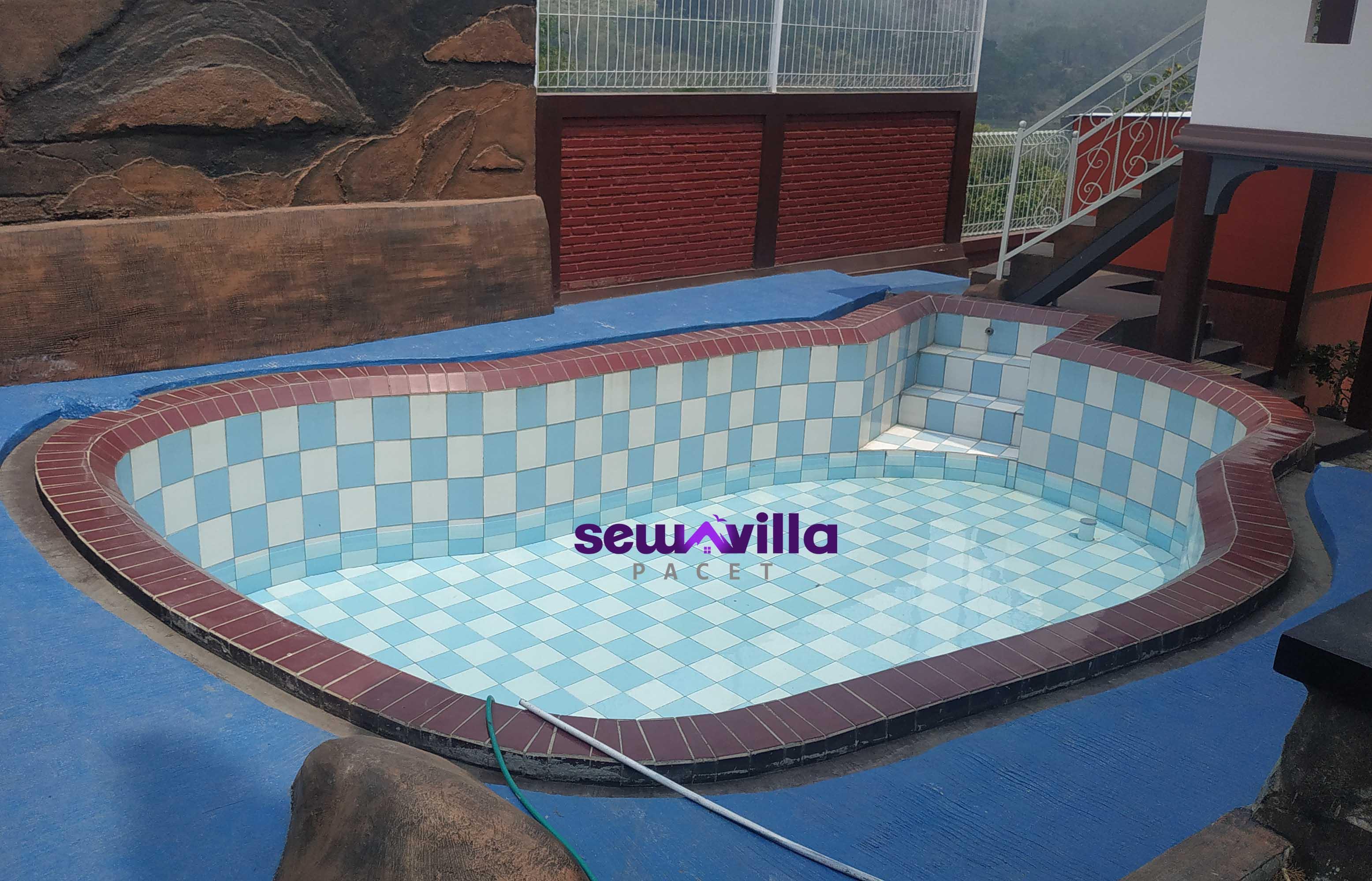 villa utopia pacet kolam pribadi cocok buat keluarga kecil