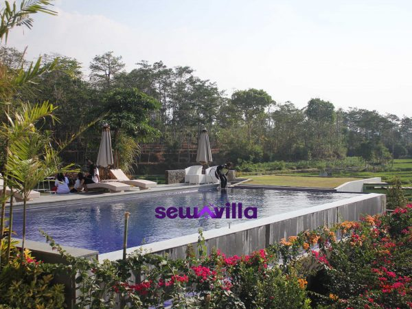 Keren Banget Villa HMD Fasilitas Kolam Renang View Terasering ini Berada Di Trawas Mojokerto