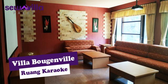 ruang karaoke yang mewah di villa bougenville pacet
