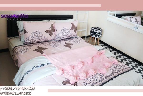 king size bed di villa casa skyrose batu