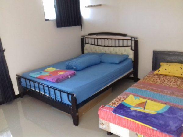 villa metro b24 batu tiga kamar tidur bersih terawat