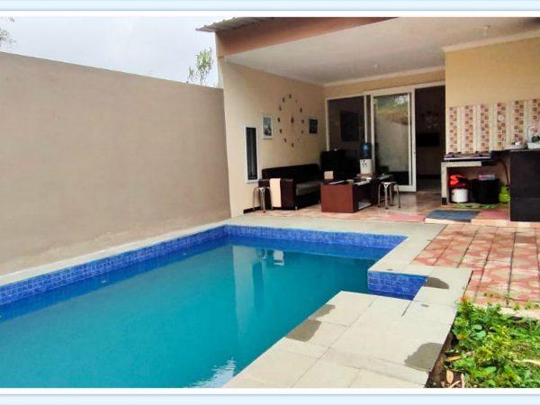 villa zulfikar batu penginapan murah dilengkapi kolam renang pribadi