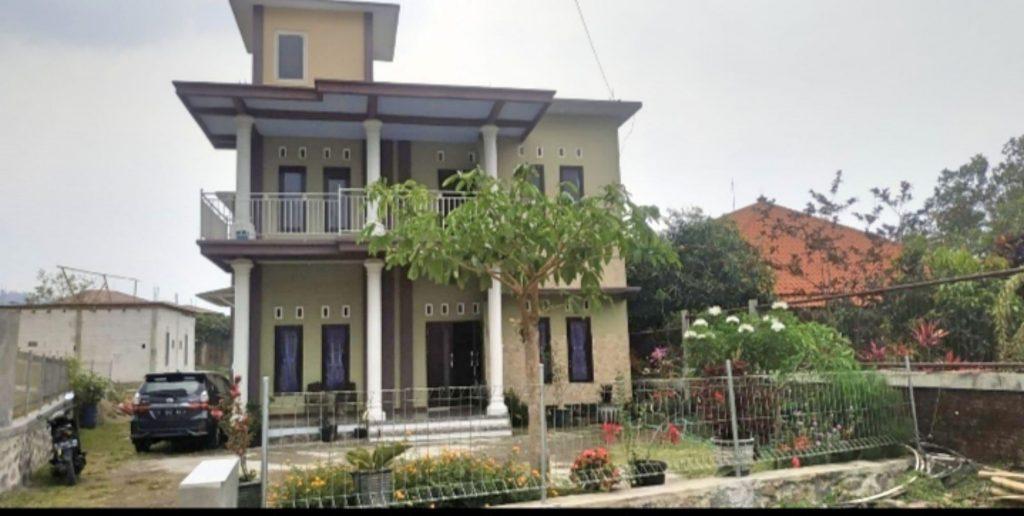 villa sulaiman pacet murah favorit mahasiswa