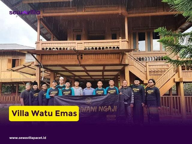 villa keluarga batu dekat wisata watu emas